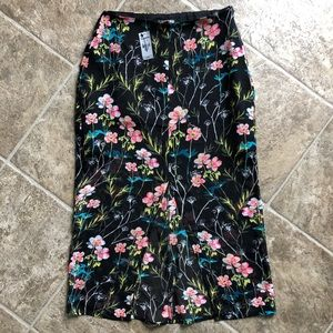 Express NWT Black Floral Midi Skirt Side Zipper
